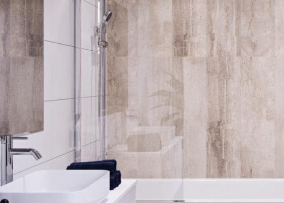Guest bathroom shower wall ideas
