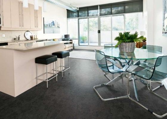 Quick redecoration tips - kitchen floor transformation